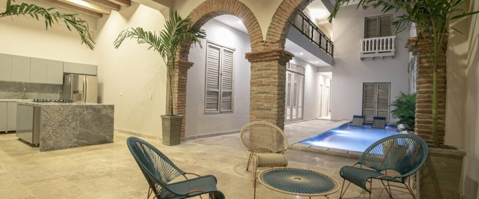 7 Bedroom Luxury Villa in Walled City