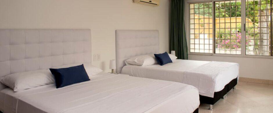 Mega 7 Bedroom Mansion in Bocagrande