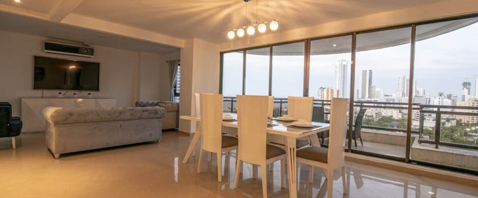 Lux 8 BR Penthouse + 2 Private Jacuzzis